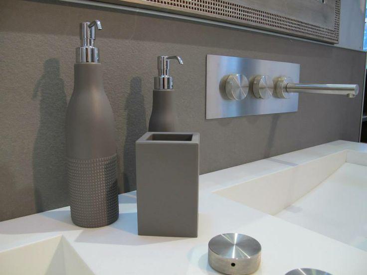 Accessori e complementi per ambienti bagno gallery home - Accessori bagno torino ...