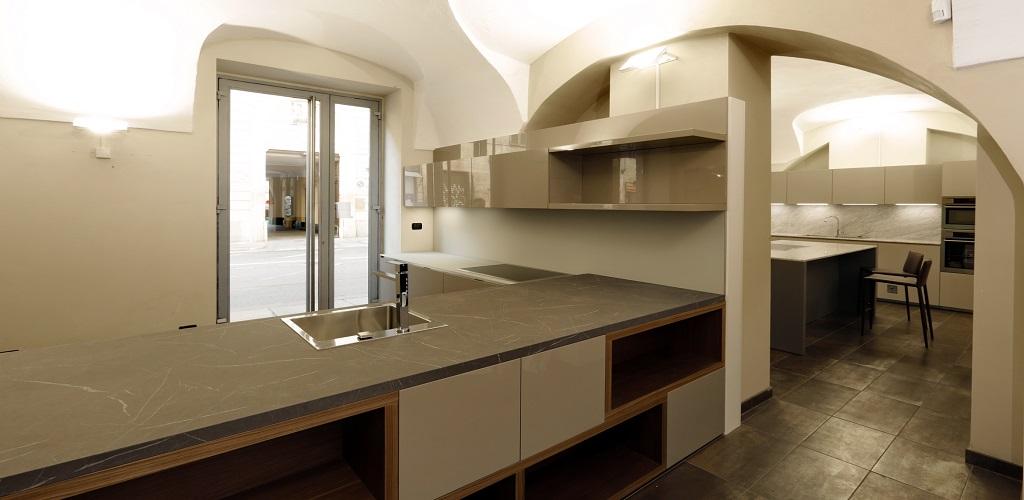 Gallery home torino showroom di arredo bagno rivestimenti piastrelle parquet tessuti stufe - Arredo bagno torino offerte ...